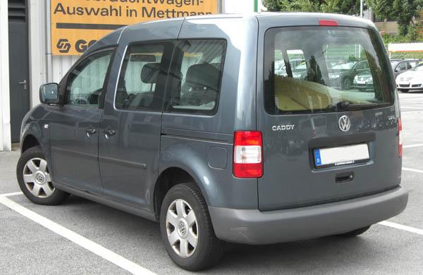 Обзор автомобиля Volkswagen Caddy 2008