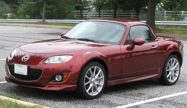 В Нью-Йорке был назван лучший автомобиль в мире. Mazda MX-5