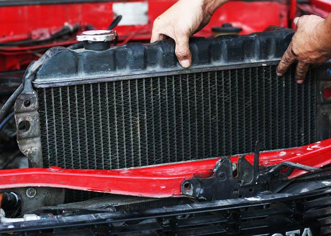 Ремонт радиатора своими руками: менять или паять? фото 1
