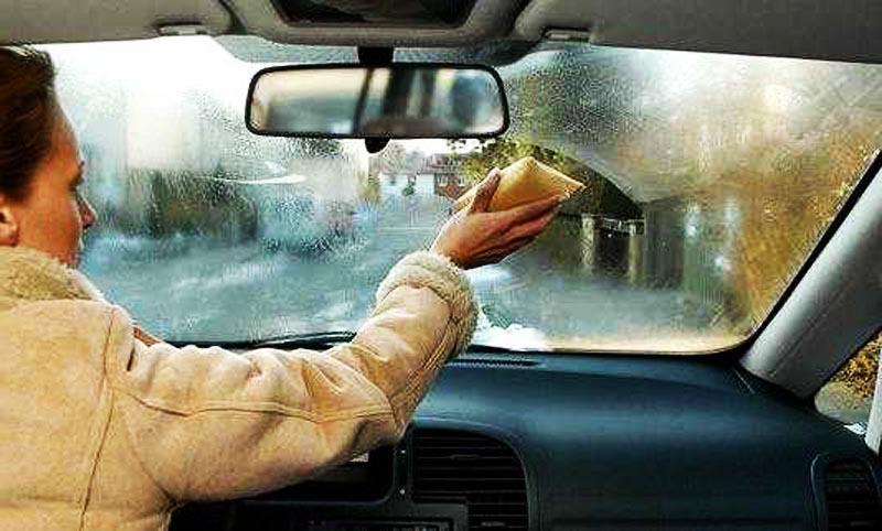 Почему потеют стекла в машине зимой? Основные причины запотевания. фото 1